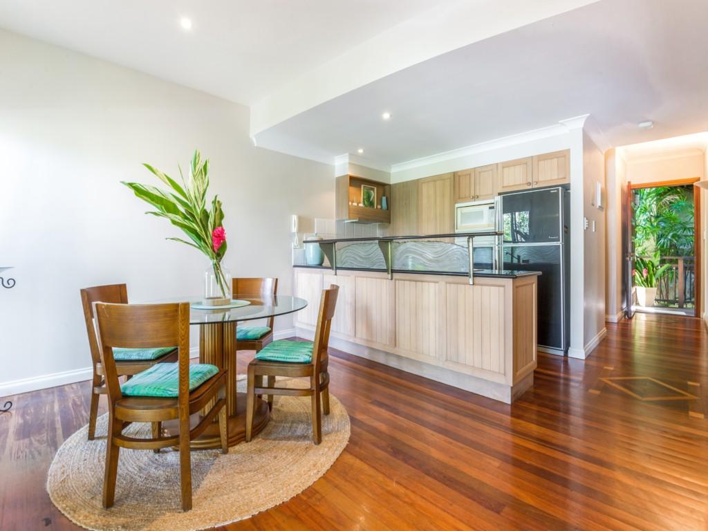 No.7 The Point Apartments | Port Douglas - Accom Port ...