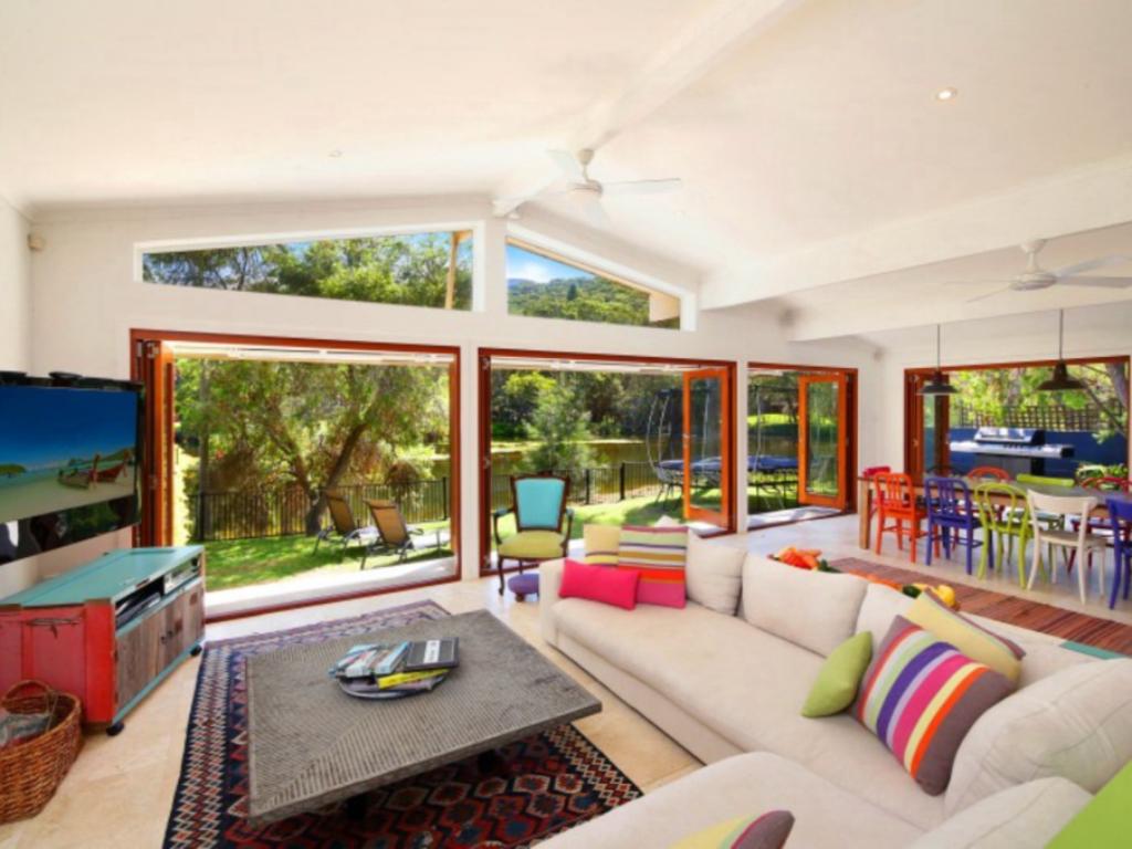 Luxury Escape on Coral