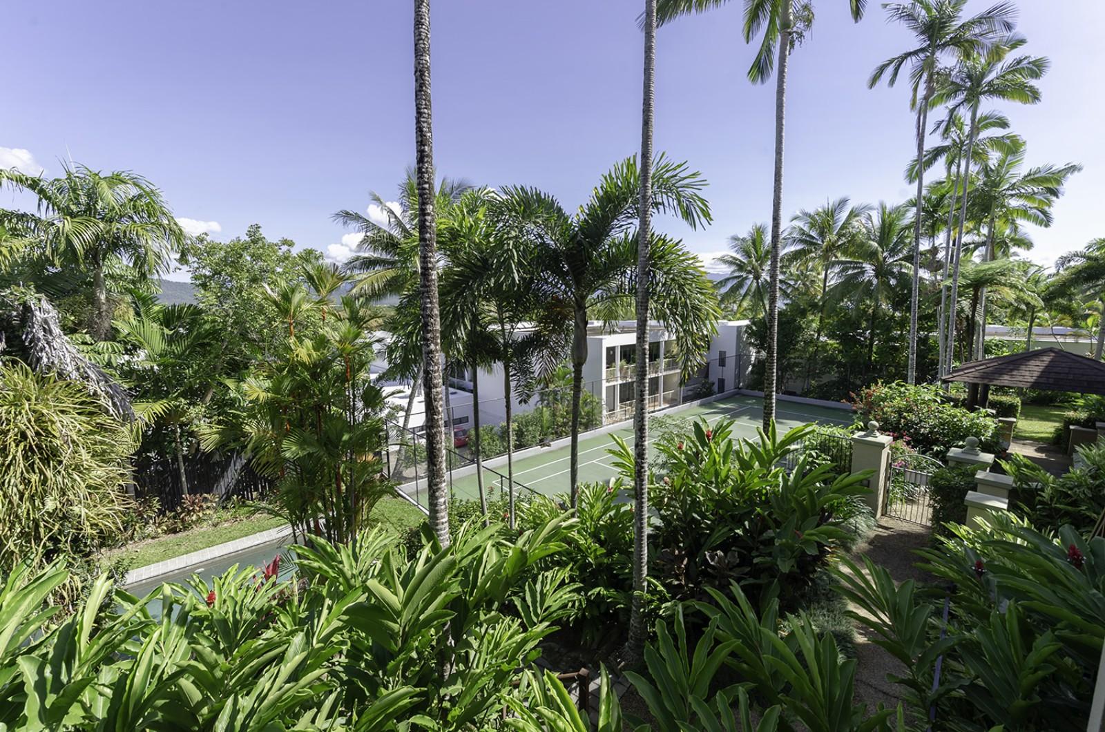 6 The Point Apartments Port Douglas - Accom Port ...