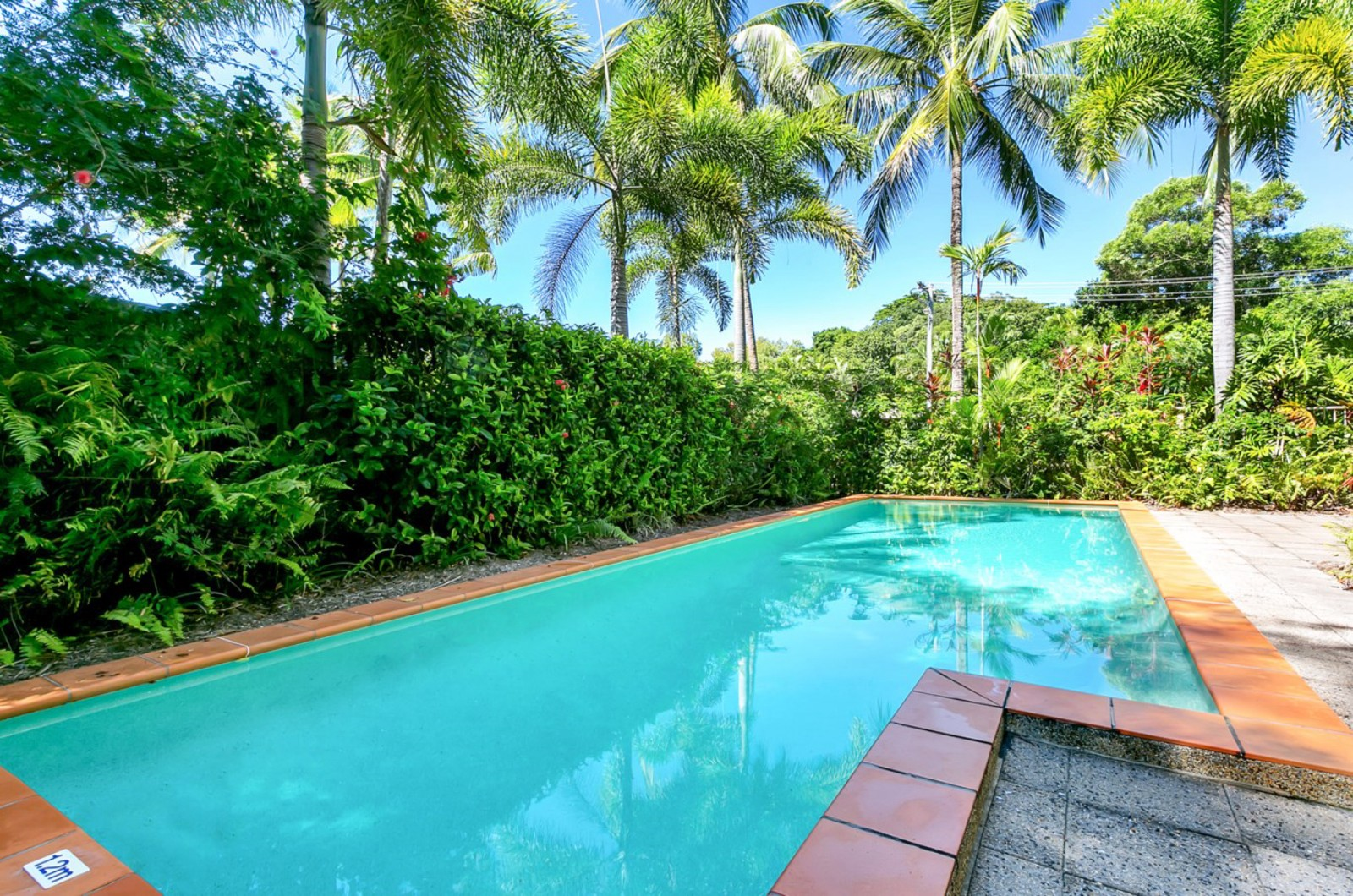Arlington B/front @ Clifton Accommodation in CLIFTON BEACH - Cairns ...